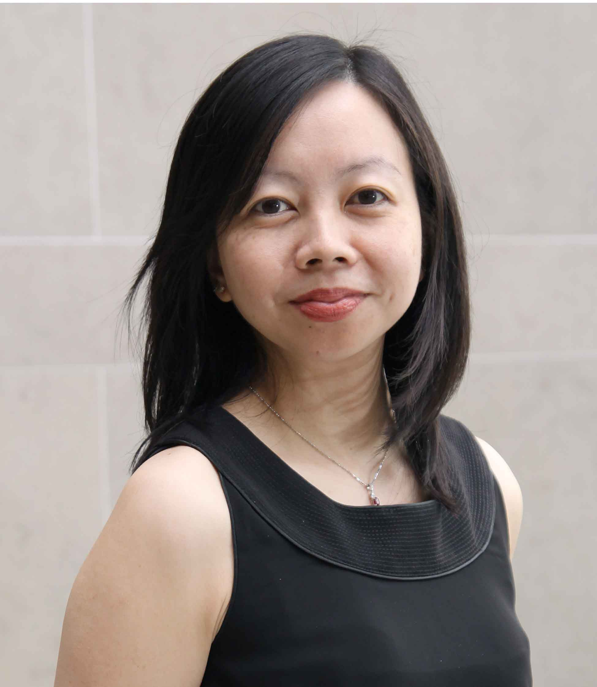 Photo of Dr Chee Yen Lin